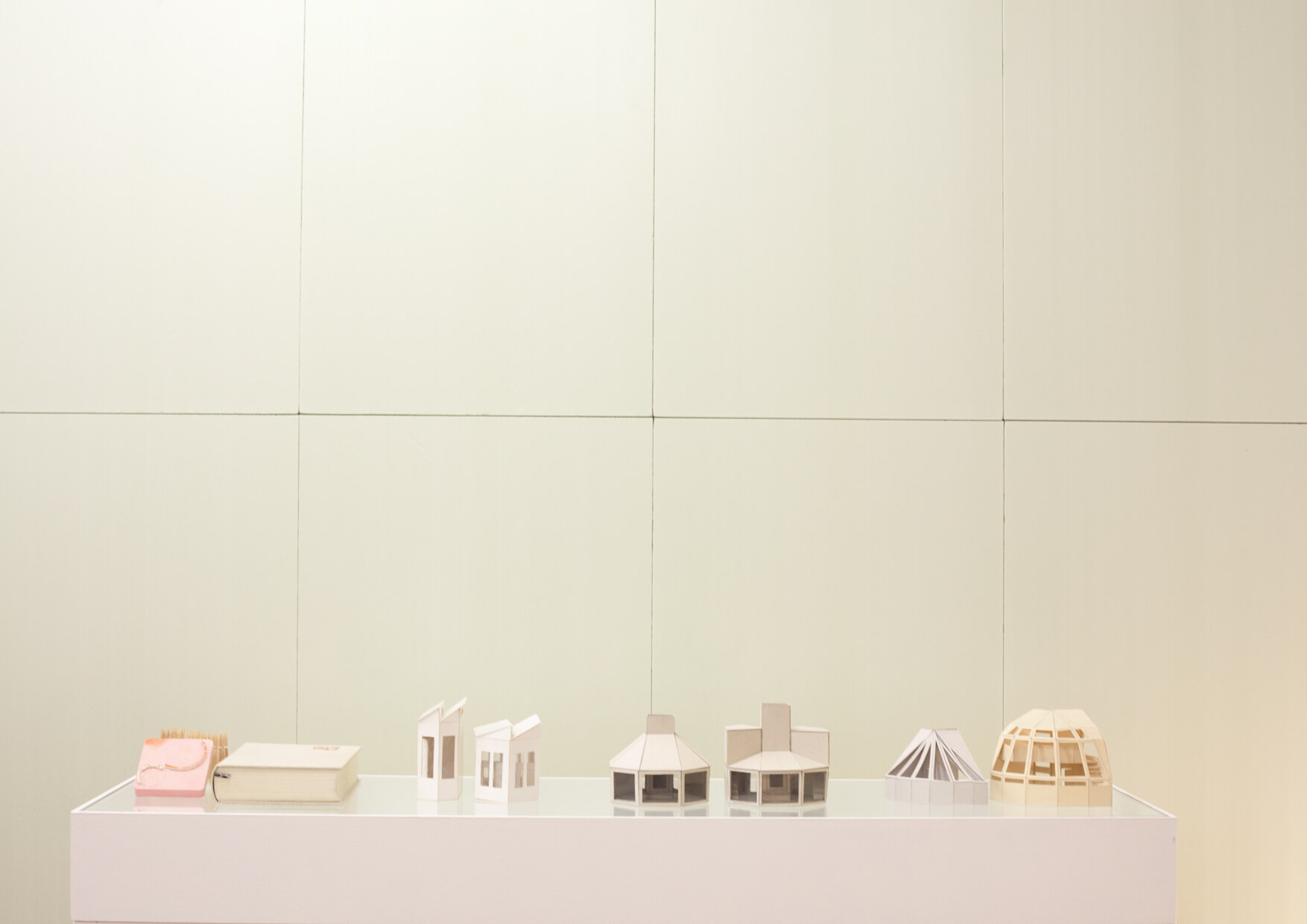 ARCH+ features 44: MODELLE, Foto: Micki Rosi Richter